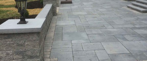 Paver wall and Walkway – D. Sutton Landscaping LLC